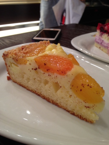 Apricot Yougurt Cake