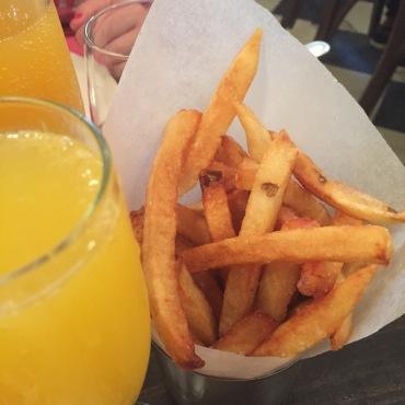 Frites and mimosas, yum!